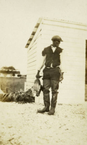 George Shubrick, a descendant of Hobcaw slaves, served as a boatman at Hobcaw and was an expert on finding downed ducks during the hunt. c. 1910.